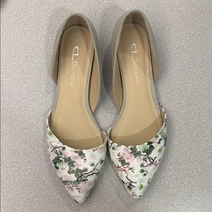 Size 8.5 CL Laundry Floral Flats. LIKE NEW!